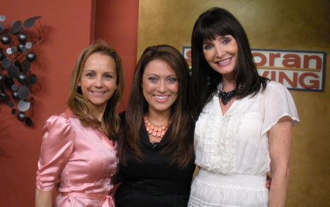 Show Photo: ABC15 Sonoran Living Guest – Sarah Nean Bruce ~ It's A Glam Thing, Hollywood Beauty/Health/LifeStyle Reporter and Informationist on SONORAN LIVING live with Stephanie Sandoval & Andi Barnes